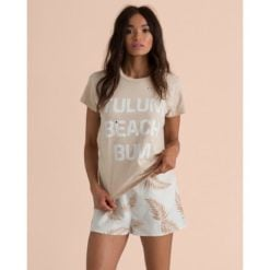 Billabong Perfect Boy Tee Moonstone. Billabong Fashion Tops found in Womens Fashion Tops & Womens Tops. Code: 6595130