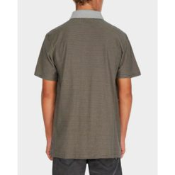 Billabong Delta Polo Gravel. Billabong Polos found in Mens Polos & Mens Shirts. Code: 9595141