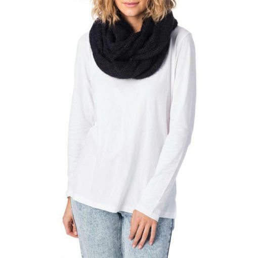 Rip Curl Fuzzy Circular Scarf Black. Rip Curl Beanies And Scarves found in Womens Beanies And Scarves & Womens Headwear. Code: GSABZ1