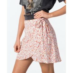Rip Curl Daisy Wrap Skirt Red. Rip Curl Skirts found in Womens Skirts & Womens Skirts, Dresses & Jumpsuits. Code: GSKDX1