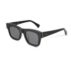 Oscar & Frank Le Boss Gloss Black Gloss Black. Oscar & Frank Sunglasses found in Womens Sunglasses & Womens Eyewear. Code: 029BL