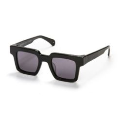 Oscar & Frank Bockwurst Gloss Black Gloss. Oscar & Frank Sunglasses found in Womens Sunglasses & Womens Eyewear. Code: 47-23-135