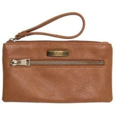 Rip Curl Essentials Wristlet Tan. Rip Curl Wallets found in Womens Wallets & Womens Accessories. Code: LWUGN1