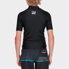Billabong All Day United Performance Fit Rashie Blk. Billabong Rashvests in Boys Rashvests & Boys Wetsuits. Code: 8781001