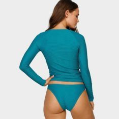 Billabong Tanlines Long Sl Rashie L01. Billabong Rashvests found in Womens Rashvests & Womens Wetsuits. Code: 6795002