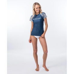 Rip Curl Coastal Tides Relaxed Short Sleeve Dark Blue. Rip Curl Rashvests found in Womens Rashvests & Womens Wetsuits. Code: WLY9BW