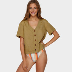 Billabong One Time Top Cedar. Billabong Fashion Tops found in Womens Fashion Tops & Womens Tops. Code: 6591102