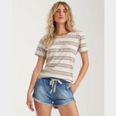 Billabong New Soul Babe Tee Multi. Billabong Tees found in Womens Tees & Womens T-shirts & Singlets. Code: 6591139