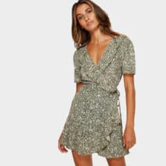 Billabong Gardenia Wrap Dress Olive. Billabong Dresses found in Womens Dresses & Womens Skirts, Dresses & Jumpsuits. Code: 6591489