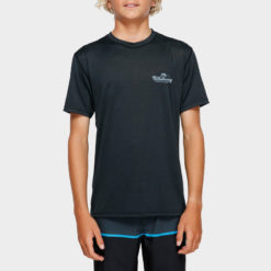 Billabong Boys Beach Script Short Sleeve Rash Black Heathe. Billabong Rashvests found in Boys Rashvests & Boys Wetsuits. Code: 8791506