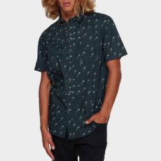 Billabong Sundays Mini Short Sleeve Shirt Nvy. Billabong Shirts - Short Sleeve found in Mens Shirts - Short Sleeve & Mens Shirts. Code: 9591210