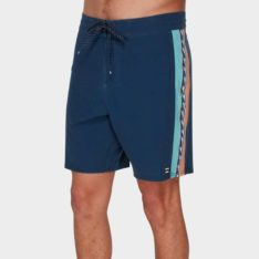 Billabong D Bah Lt Boardshort B69. Billabong Boardshorts - Fitted Waist found in Mens Boardshorts - Fitted Waist & Mens Shorts. Code: 9591414