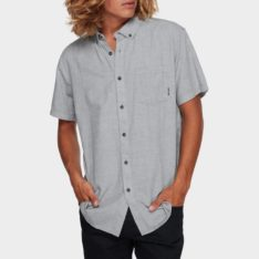 Billabong All Day Short Sleeve G63. Billabong Shirts - Short Sleeve found in Mens Shirts - Short Sleeve & Mens Shirts. Code: 9595201