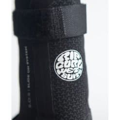 Rip Curl Flashbomb 3mm Hid.s/toe B Black. Rip Curl Boots Gloves And Hoods found in Mens Boots Gloves And Hoods & Mens Wetsuits. Code: WBO7HF