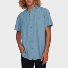 Billabong All Day Short Sleeve P22. Billabong Shirts - Short Sleeve found in Mens Shirts - Short Sleeve & Mens Shirts. Code: 9595201