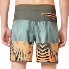 Oakley Palm Geometric 19 Bshort Autumn Glory Palm P. Oakley Boardshorts - Fitted Waist found in Mens Boardshorts - Fitted Waist & Mens Shorts. Code: 482566