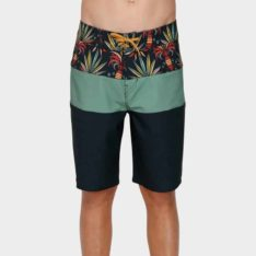 Billabong Boys Tribong Pro B Shorts N36. Billabong Boardshorts - Fitted Waist found in Boys Boardshorts - Fitted Waist & Boys Shorts. Code: 8591436