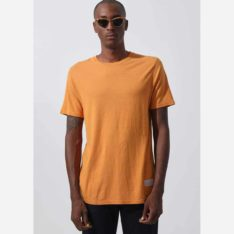 Afends Classic Hemp Tee Yam. Afends Tees found in Mens Tees & Mens T-shirts & Singlets. Code: M194043
