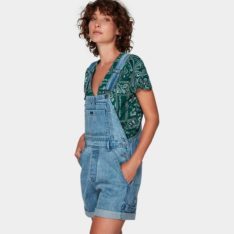 Rvca Sloucher Denim Overall L28. Rvca Dresses found in Womens Dresses & Womens Skirts, Dresses & Jumpsuits. Code: R292767