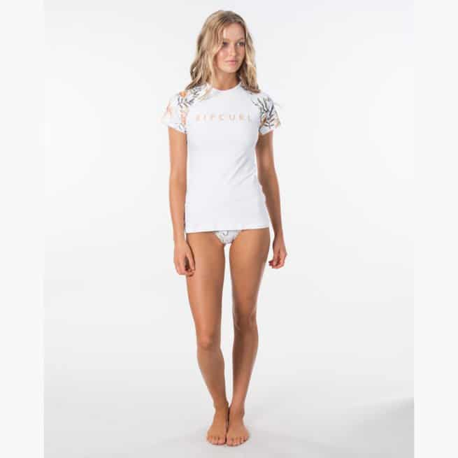 Rip Curl Blanco Bay Relaxed Short Sleeve White. Rip Curl Rashvests found in Womens Rashvests & Womens Wetsuits. Code: WLU9BW