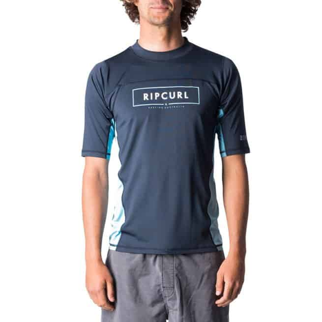 Rip Curl Underline Relaxed Short Sleeve Uvt Navy. Rip Curl Rashvests found in Mens Rashvests & Mens Wetsuits. Code: WLY7KM