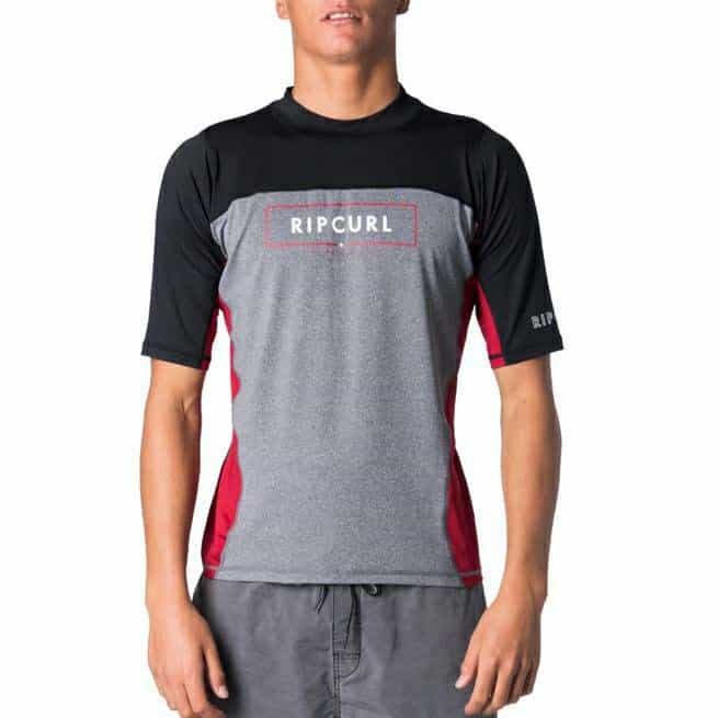 Rip Curl Underline Relaxed Short Sleeve Uvt Burnt Red. Rip Curl Rashvests found in Mens Rashvests & Mens Wetsuits. Code: WLY7KM
