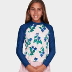 Billabong Morning Light Rashie Pink. Billabong Rashvests in Girls Rashvests & Girls Wetsuits. Code: 5792005