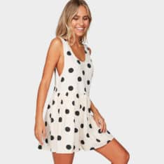 Billabong Cabo Aurora Playsuit Whisper. Billabong Dresses found in Womens Dresses & Womens Skirts, Dresses & Jumpsuits. Code: 6592505