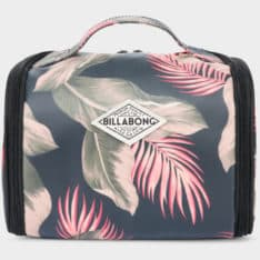 Billabong The Palms Beautycase Sage. Billabong Travel Bags found in Womens Travel Bags & Womens Bags. Code: 6691256