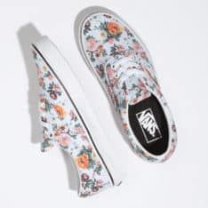 Vans Era Garden Floral White Garden Floral True. Vans Shoes in Womens Shoes & Womens Footwear. Code: VNA4BV4V3F