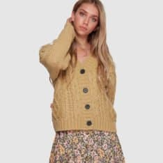 Billabong Pretty Cable Card Grass Roots. Billabong Knitwears in Womens Knitwears & Womens Jackets, Jumpers & Knits. Code: 6507792