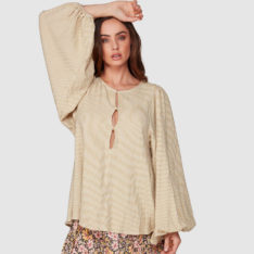 Billabong Lost Love Top Mustard. Billabong Fashion Tops in Womens Fashion Tops & Womens Swimwear. Code: 6507109