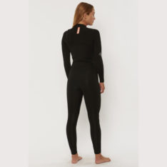 Sisstrevolution 7 Seas 3/2 Chest Zip Steamer Gb Black. Sisstrevolution Steamers in Womens Steamers & Womens Wetsuits. Code: GN10L32C