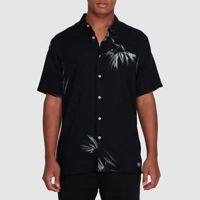 Billabong Sundays Tribes Short Sleeve Shirt Black. Billabong Shirts - Short Sleeve in Mens Shirts - Short Sleeve & Mens Shirts. Code: 9503207