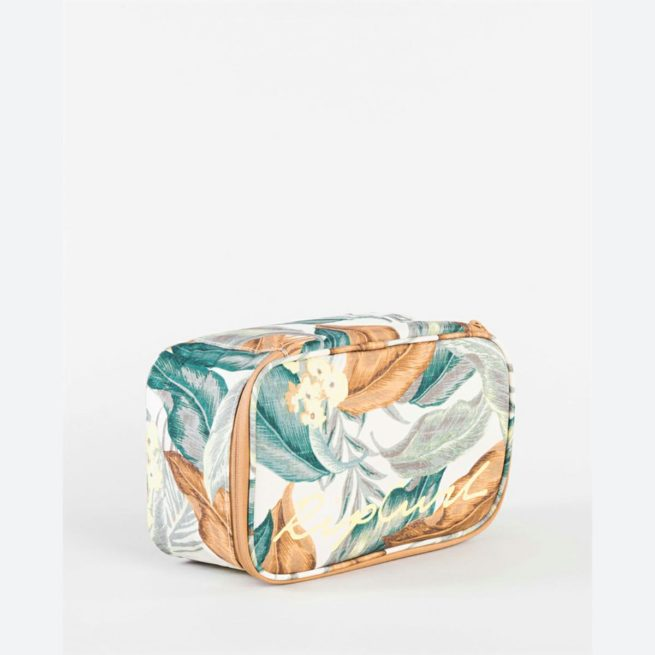 Rip Curl Lunch Box Variety White. Rip Curl Other in Womens Other & Womens Accessories. Code: LCOAV1